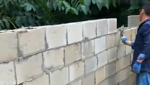 把砖砌成这样真是涨见识了,佩服这些瓦工!