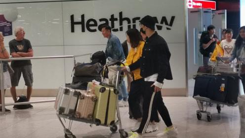 黄晓明国外被偶遇总裁范十足 帮助理推行李贴心绅士