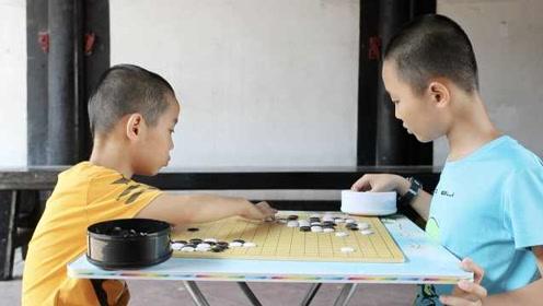 围棋老师下乡支教,寒门兄弟双双夺冠:想走职业道路