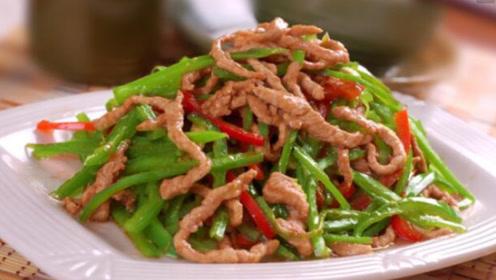 炒肉时为什么会粘锅?大厨:很多人这步没做好,不粘锅才怪