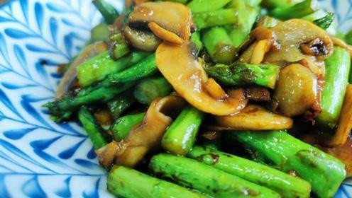 这才是芦笋的正确吃法,做法简单家常,翠绿无涩,好吃过瘾