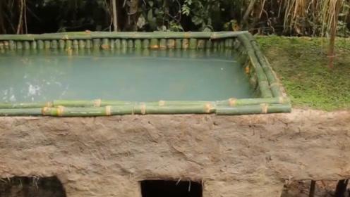 在屋顶打造屋顶游泳池,开始的时候以为很简陋,最后让人目瞪口呆