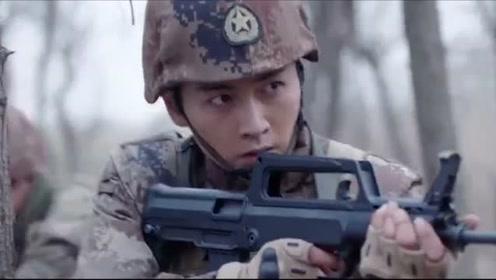 《陆战之王》速看版第11集:杨俊宇刁难坦克兵 牛努力挺身对抗