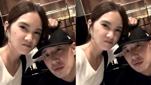 杨丞琳与潘玮柏深夜聚会,网友调侃称:这是在商量做伴娘的事吗?