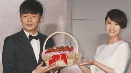 杨丞琳李荣浩官宣结婚!承认已经领证,杨丞琳一脸幸福