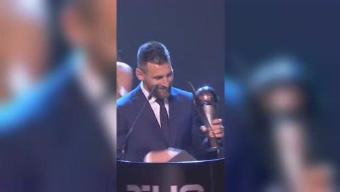 梅西力压C罗范戴克 荣获FIFA最佳球员