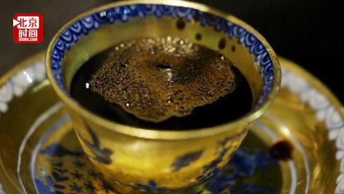 十万一杯的咖啡啥味?日本咖啡馆向客人提供煮完22年的陈酿咖啡