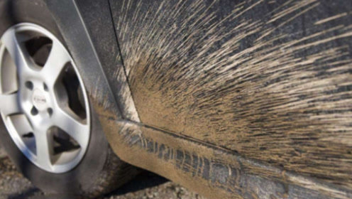 洗车时不洗这3个地方,表面洗得再干净也没用!别等车报废才后悔