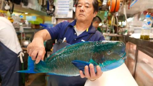 日本顶级美食拿破仑鱼刺身,一壶开水浇上去,最后变成了这样!