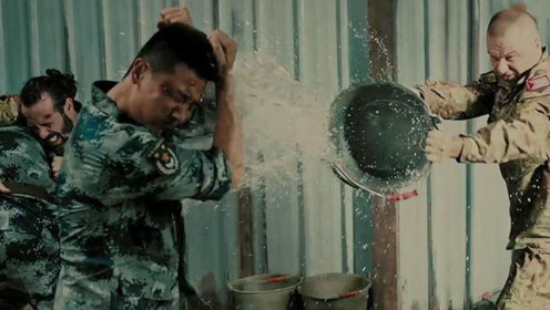 空降利刃:张启犯错被送去国外训练,仅凭中国功夫让外国队员折服