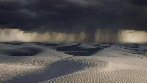 沙漠连下24小时雨,为什么当地人不喜反忧?看完大开眼界!
