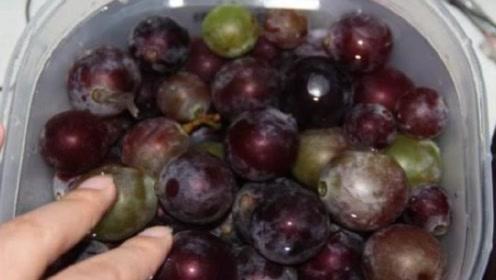 4岁孩子中毒丧命,医生告诫:葡萄不能和他一起吃,毒性太大!