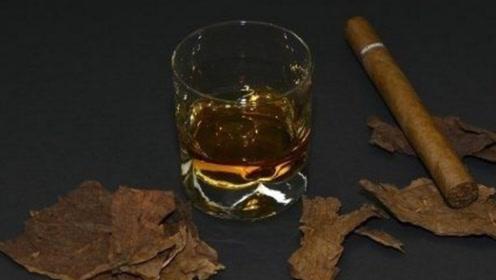 """常""""抽烟""""的人请注意!睡觉时若有这三个征兆,说明该戒烟了!"""