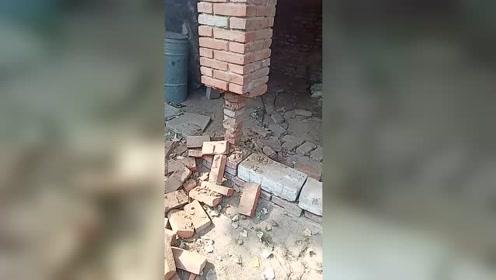 立柱顶千斤利用了抗压强度高的特点