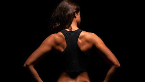 """为什么健身的人会说""""新手练胸,老手练背""""?原因竟是这样!"""