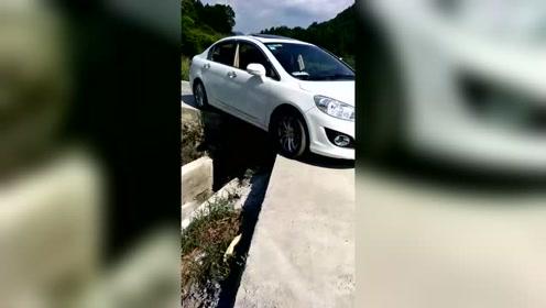 10年的老司机也开不出这种水平的车,下一步该怎么开?