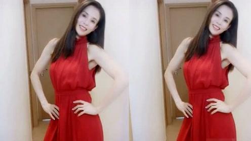 """李若彤着红色连衣裙秀好身材 """"冻龄女神""""长发垂肩状态佳"""