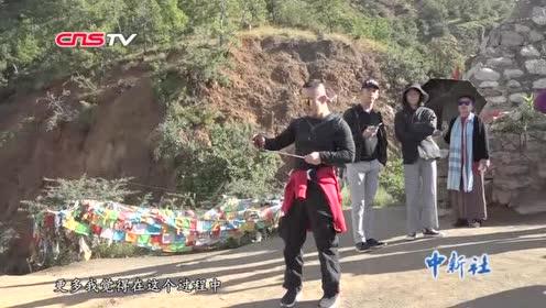 """泸沽湖畔对话""""旅行达人""""孙剑:一场大病改变的人生轨迹"""