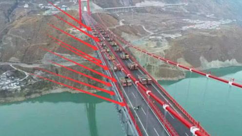国外用百辆大卡车检验桥梁质量,不料突然裂缝丛生,镜头拍下全过程!