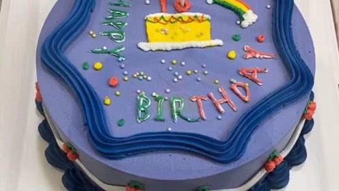 复古风的蛋糕,手艺太赞了!