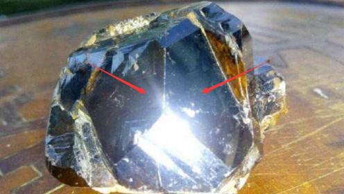地球上最贵的石头,1克2亿人民币,遇到也不一定认识