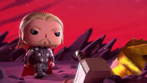 洛基想要拿走雷神的锤子,谁知道根本拿不起来,还被锤子给坑了