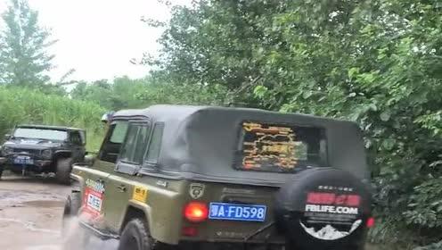 北京吉普冒险下深水!都快被淹没了竟能上岸!这车真牛