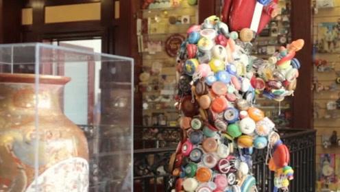 他收藏了1万个悠悠球 总价值达170万 其中一只重半吨