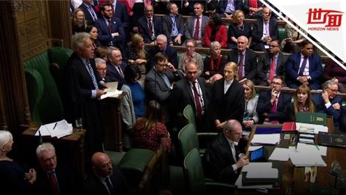 """英国议会通过""""脱欧""""协议但否决时间表 月底顺利""""脱欧""""希望渺茫"""