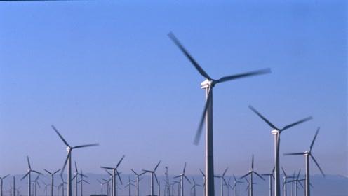 给房屋照明,给特斯拉充电,这款便携风力发电机要逆天啊
