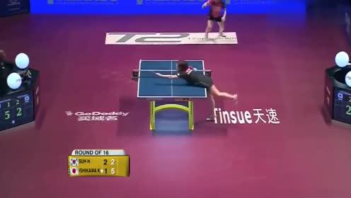国际乒联调侃石川佳纯,就恨腿太短,打完趴在桌上太有趣了吧