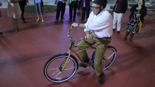 世界上最难骑自行车,只要骑出10米奖励1384元,网友:你可说话算话?