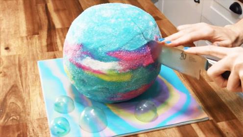 """真实还原泡澡神器""""气泡弹"""",这做的不是蛋糕,是艺术!"""