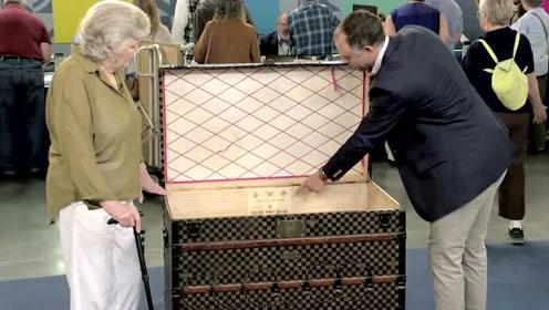 老人用价值高昂的LV箱装鸡饲料几十年,得知其价值后却这样做