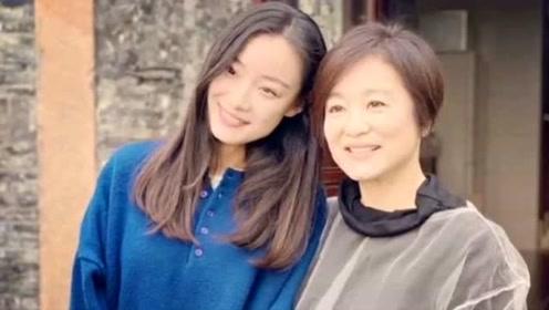 倪妮与64岁偶像林青霞合照,两人相差33岁却看不出差别
