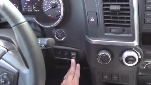 中控台展示,全新一代丰田Sequoia测试与展示