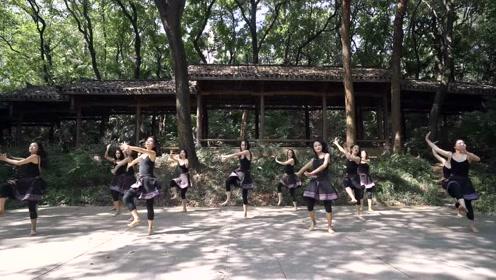 优雅傣族舞,神秘莫测的心动旅程!
