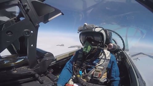 空军装备近年来实现跨越式 体系化发展