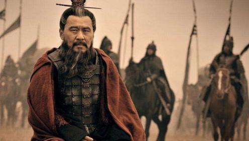 雄才大略的曹操,为何在赤壁之战却屡屡中计?只有少数人才知道