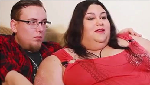 世界上最胖的女人,体重快赶上一头大象!却还想继续增肥