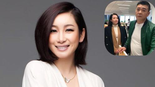 她和章子怡是同班同学 获得影后家庭美满 今41岁成赢家
