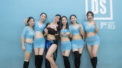 一看动作就气质非凡!波兰老师教东方舞,体态美才是真的美