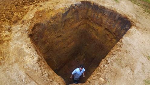不小心掉入深坑,看老外如何自救?第一位最弱,第三位是高手
