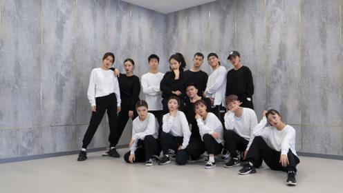 舞蹈教室跳支舞,意识流艺术你看懂了吗?