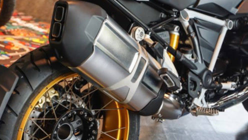 双缸拳击手引擎!1254CC,LED大灯+液晶仪表,续航达500公里