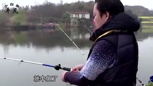 民间高手发明珠珠钓法,不管野钓黑坑专钓鲤鱼,10分钟钓20斤