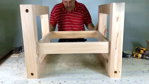 这才是木工应该学习的技术,制作实木座椅细致入微,太专业了!