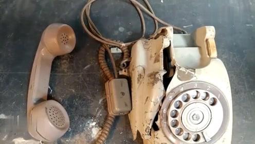 70年的旋转拨号电话机,修复翻新之后居然还能用,质量真不赖啊