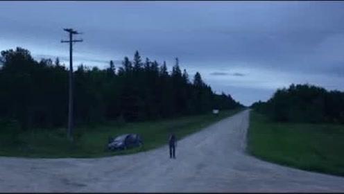 雷雨交加的晚上,男主惨遭车祸,醒来发现在家靠近谁,谁就会死