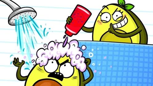 """牛油果洗澡的时候,没想到被女友""""恶意整蛊"""",结果简直太搞笑!"""